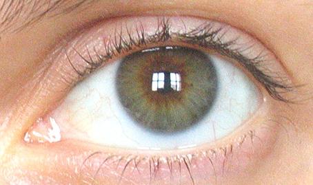 vos yeux! ( attention âmes sensibles: oeil en gros plan ^^) - Page 2 Oeil